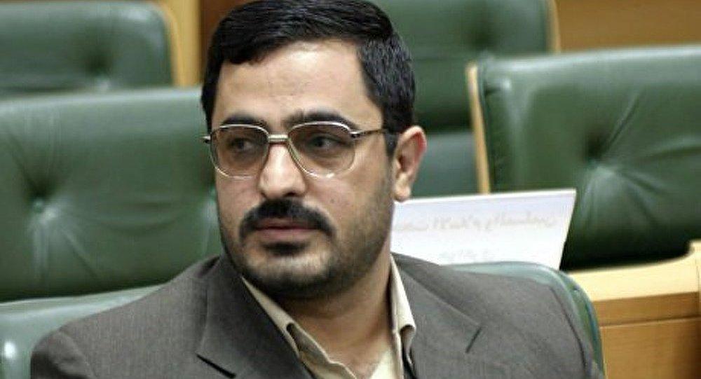 Iran : arrêt d'un compagnon d'Ahmadinejad