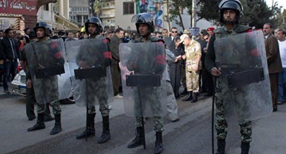 Les policiers égyptiens réclament une protection contre les manifestants