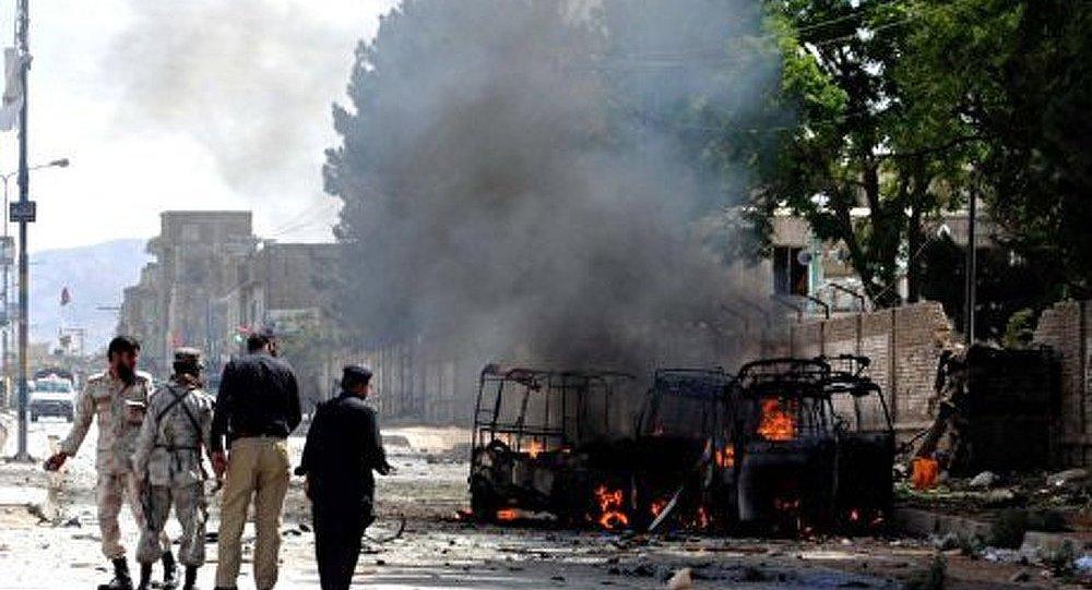 Pakistan : 7 morts dans l'explosion d'un bus