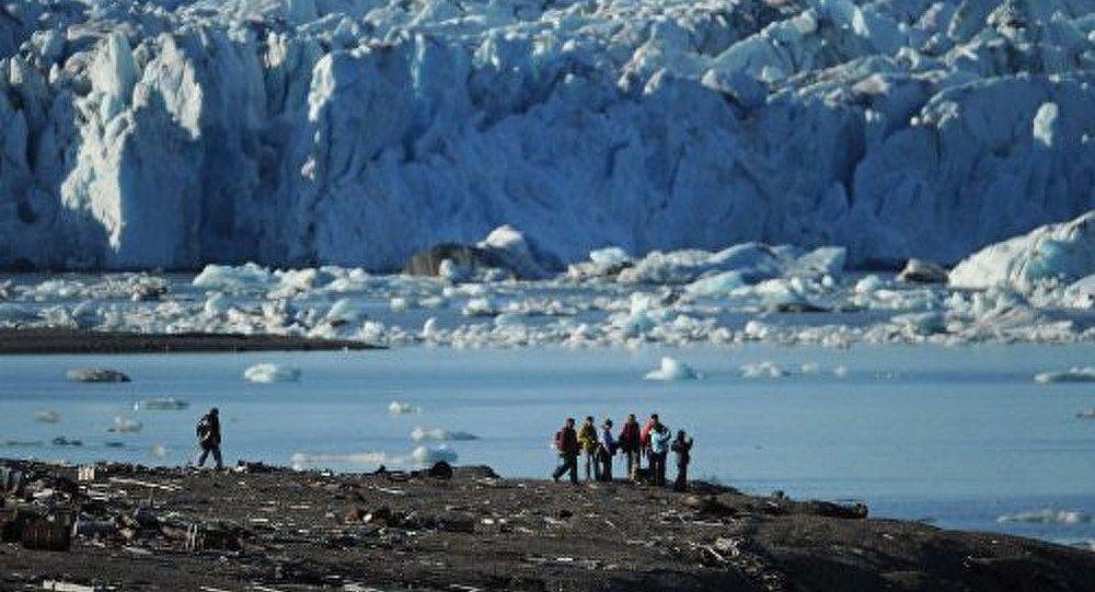 Nettoyage de l'Arctique : le projet russe impressionne le Conseil