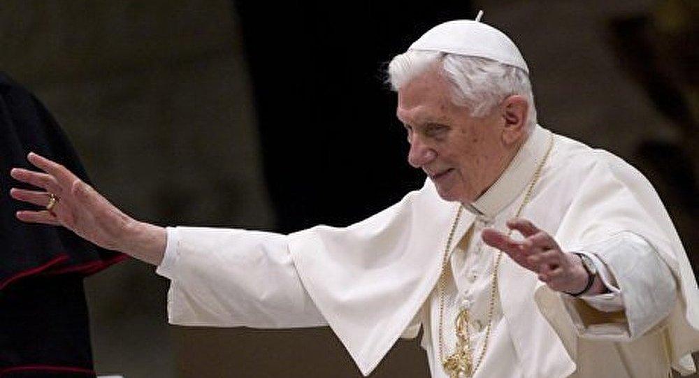 Benoît XVI se retirera dans la solitude
