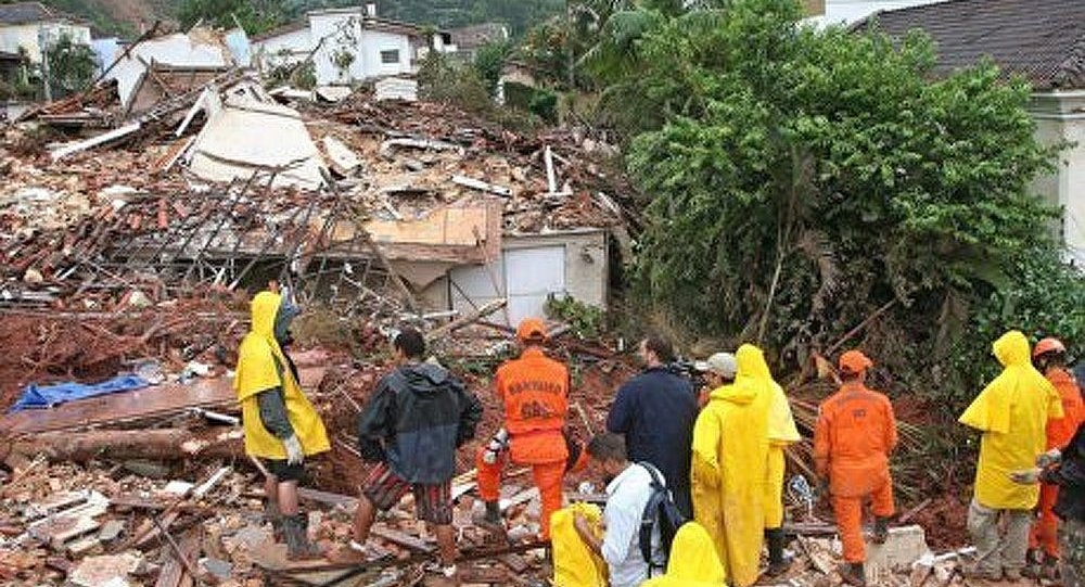 Brésil : des glissements de terrain ont fait une dizaine de victimes