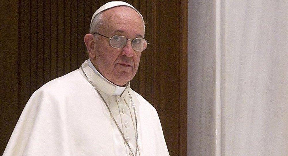 Malouines : l'Argentine en appelle au pape François