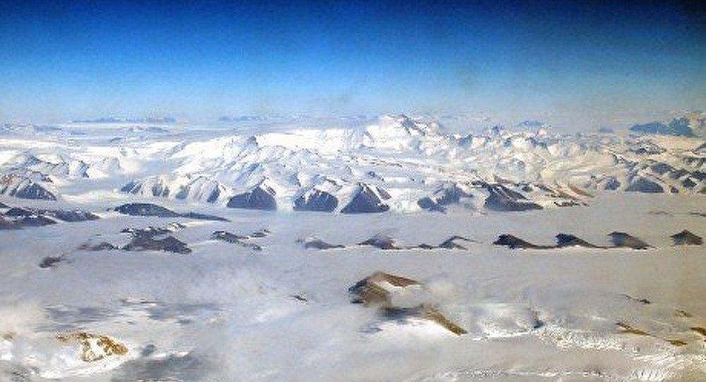 Le réchauffement augmenterait la surface de la calotte antarctique