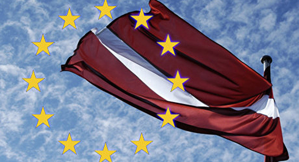 La CE approuve l'adhésion de la Lettonie à la zone euro