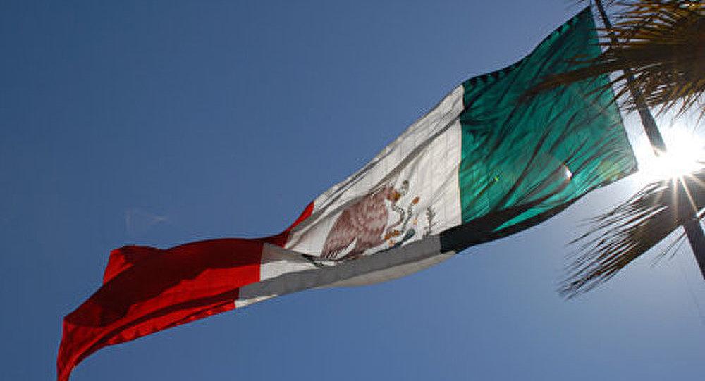 Un navire de croisière a coulé au large de la côte du Mexique