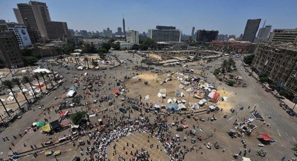 Caire : des coups de feu tirés contre les manifestants, il y a des victimes