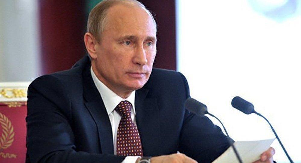 « L'Égypte se trouve au bord de la guerre civile » (Poutine)