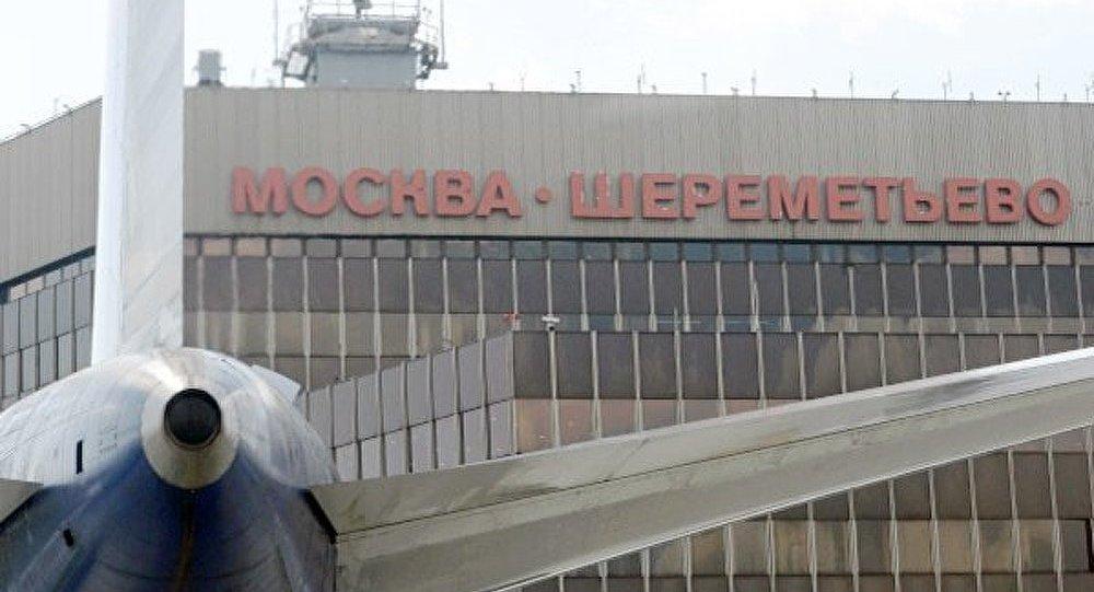 Багаж пассажиров стал непосильной ношей для аэропорта Шереметьево
