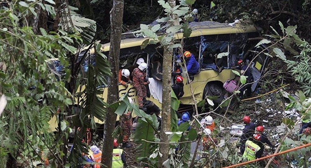 Malaisie : au moins 37 morts dans un accident de car