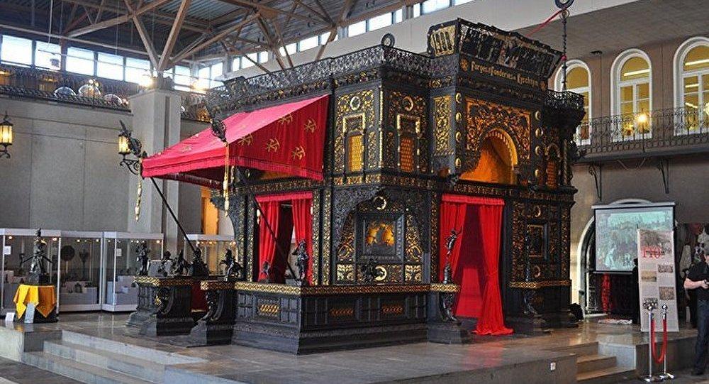 Présentation du livre « Pavillon en fonte de Kasli » à Ekaterinbourg