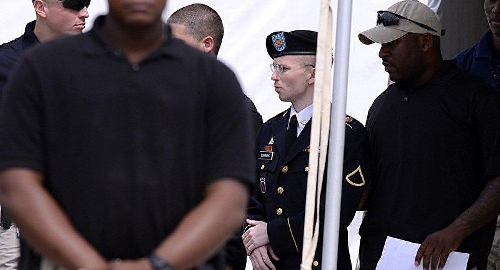 Les Etats-Unis n'ont pas l'intention d'aider Bradley Manning à changer de sexe