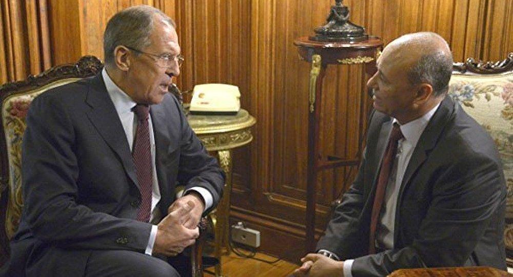 Les contacts russo-libyens aideront à évaluer la situation dans la région (Lavrov)