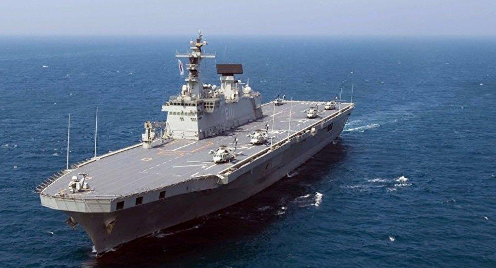 Incendie en mer sur le plus grand navire de la marine de Corée du Sud