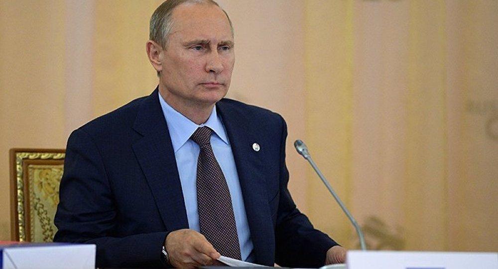 Syrie : Poutine appelle les USA à renoncer à l'usage de la force