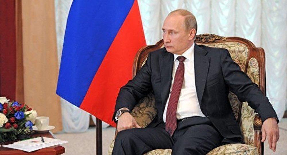 Poutine a exhorté les journalistes à critiquer les JO à Sotchi