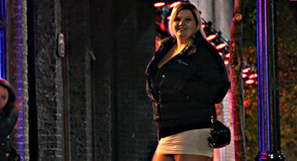 France : proposition de loi sanctionnant les clients de prostituées