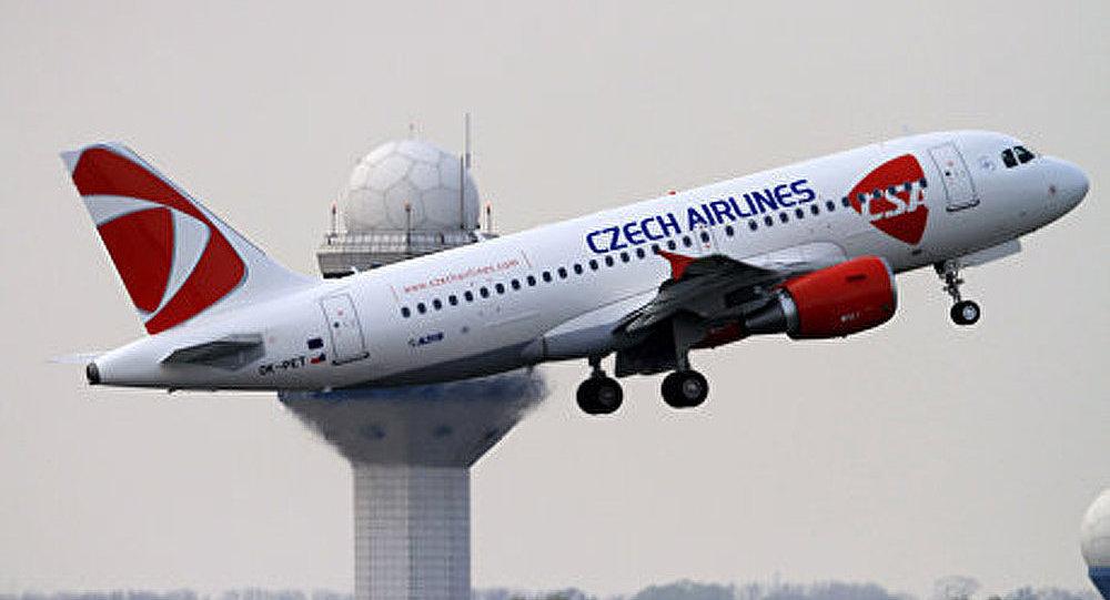 Un avion de Czech Airlines a atterri en urgence à Budapest