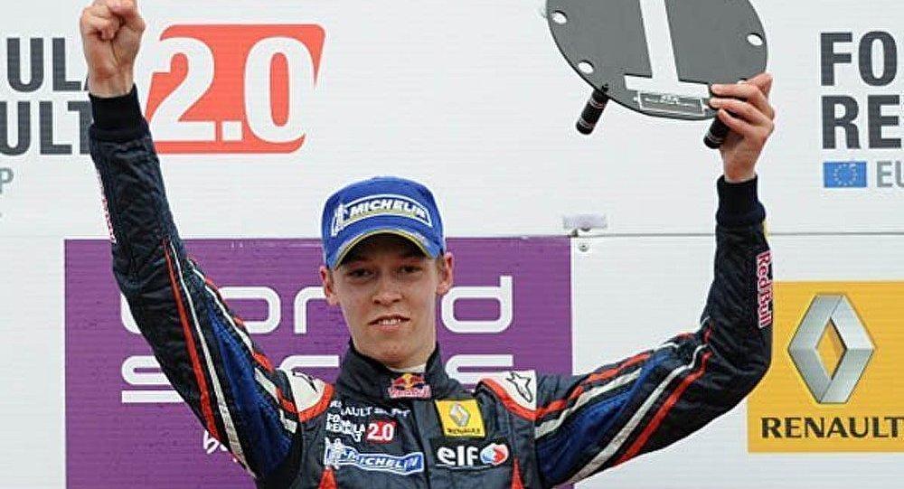 Formule 1 : le Russe Kvyat pilotera pour Toro Rosso dès 2013
