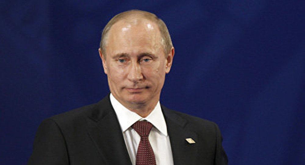 Poutine appelle la CEI à développer les liens d'intégration