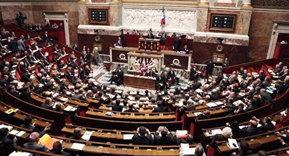 Le FN, premier parti de France ?