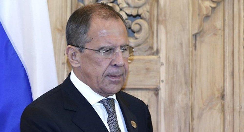 Syrie : les menaces à l'encontre de la Russie sont inacceptables (Lavrov)