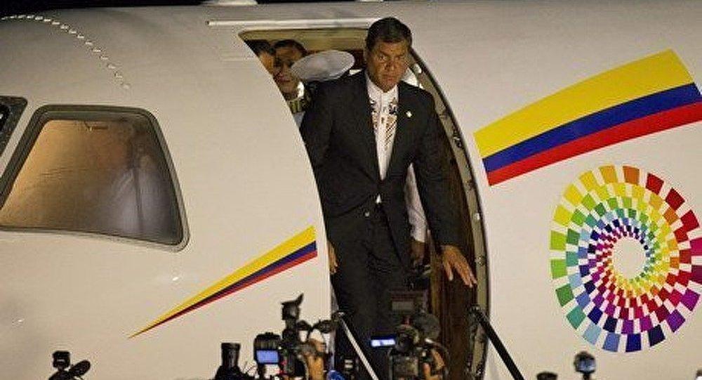 Le président d'Equateur arrivé à Moscou pour négocier avec Poutine