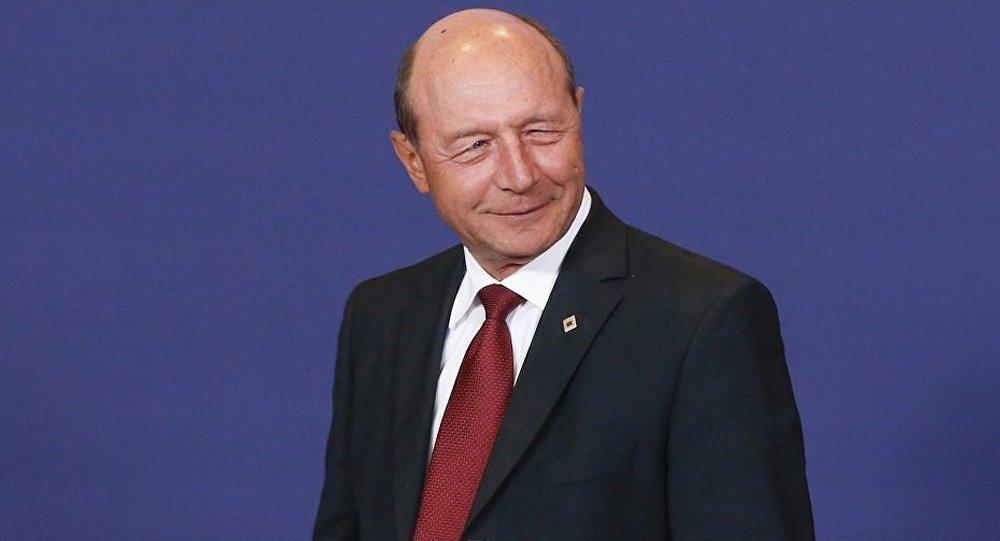 Le président de Roumanie Traian Basescu sera traduit en justice
