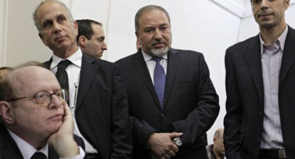 Israël : Lieberman acquitté d'accusations