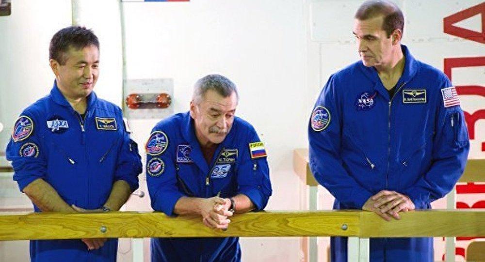 ISS : les équipages de la nouvelle mission approuvés