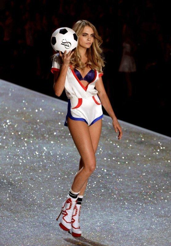 Josephine Skriver lors du défilé Victoria's Secret 2013.