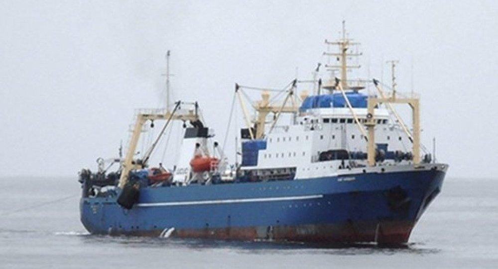La prise du navire Oleg Naydenov a fait des blessés