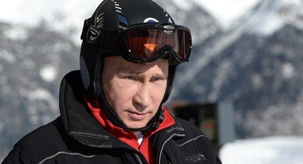 Poutine interviendra lors de l'ouverture de la session du CIO à Sotchi