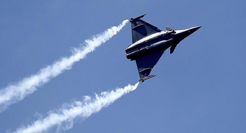 Négociations franco-indiennes sur l'achat du Rafale : tout ou rien