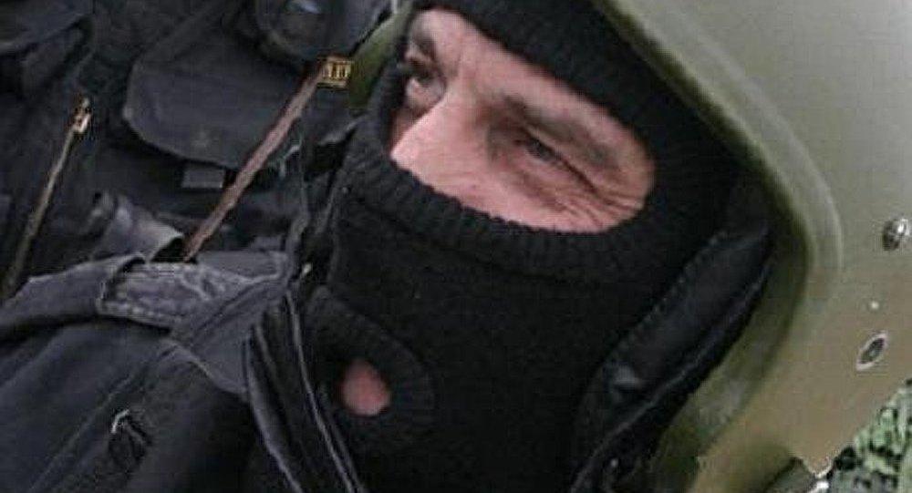 Ukraine/Donetsk : la police anti-émeute se range du côté des manifestants