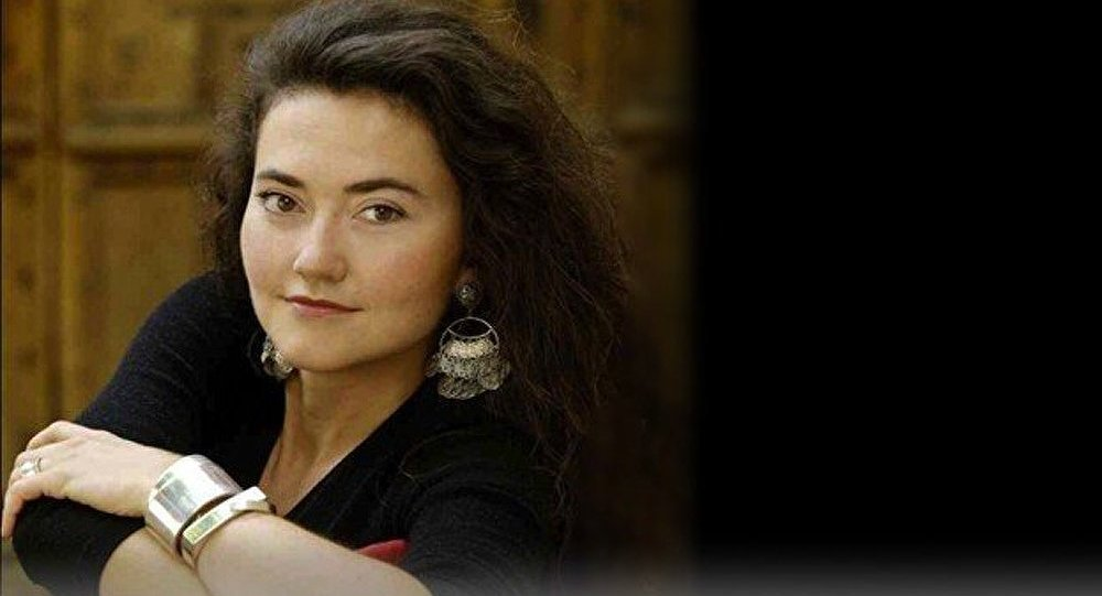 Stéphanie d'Oustrac, dive baroque au tempérament de feu est attendue à Moscou