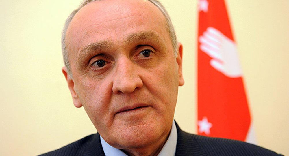 Le parlement d'Abkhazie réclame la démission du président