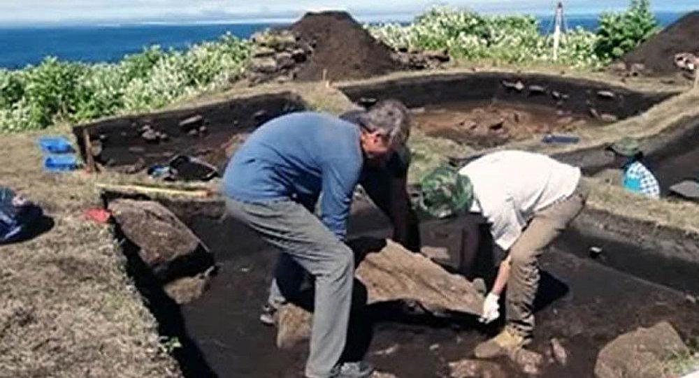 Un village datant de l'époque néolithique découvert aux îles Kouriles