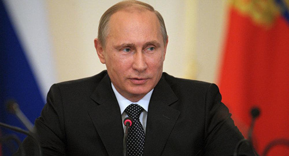 Ukraine : Poutine s'entretient avec Merkel et Hollande
