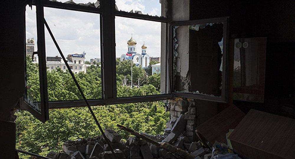 Ukraine/violation de la trêve : miliciens et militaires s'accusent mutuellement