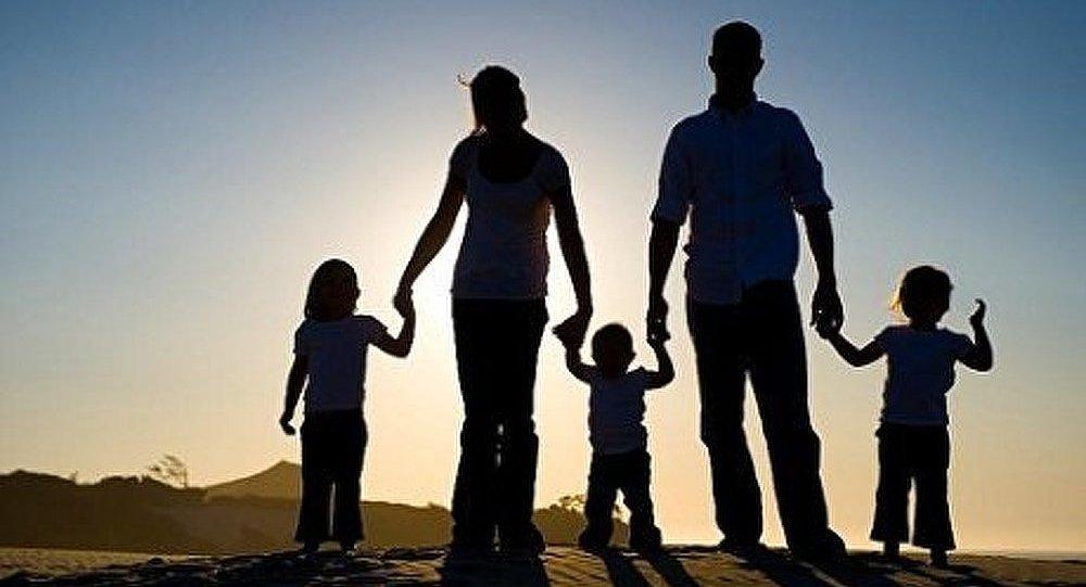 Les valeurs familiales à travers l'homophobie et le mariage homosexuel