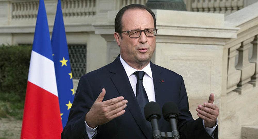 La France a déclaré trois jours de deuil suite au crash de l'avion algérien