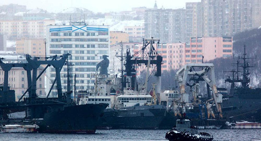 Poutine prendra part à la célébration de la Journée de la marine russe à Severomorsk