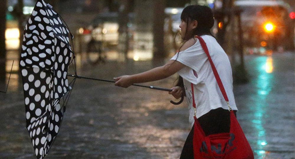 Le typhon Halong a fait neuf morts au Japon