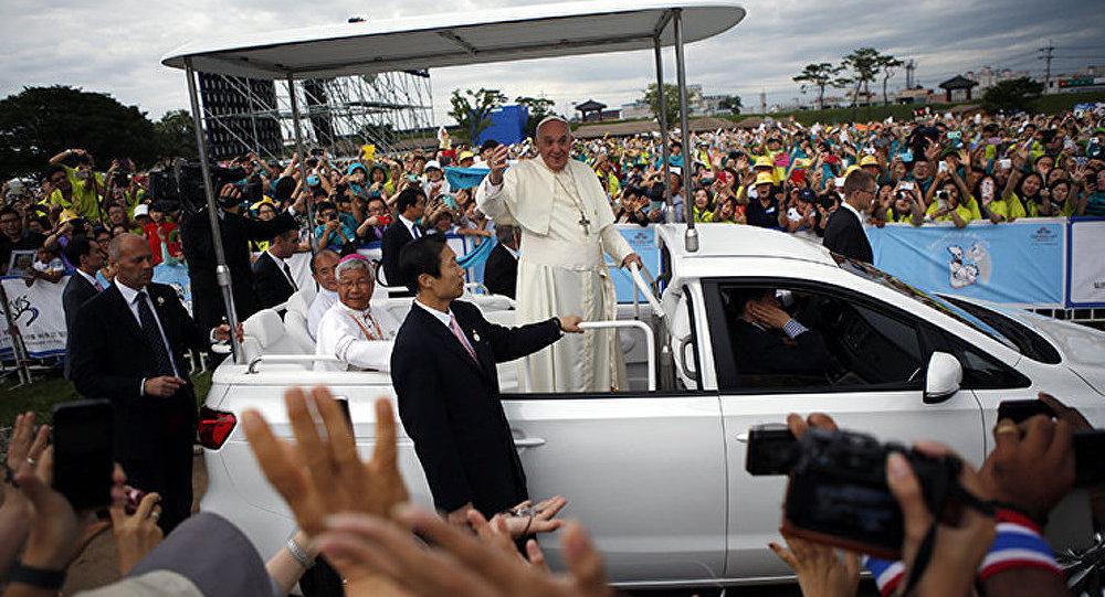 Le pape appelle les Coréens à reconnaître qu'ils forment un seul peuple