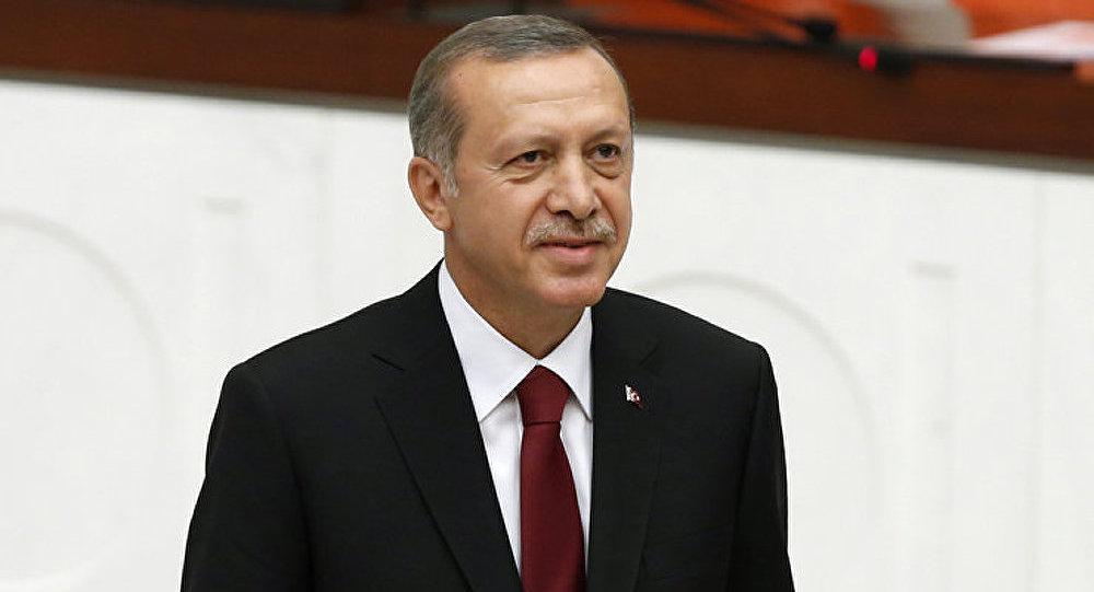 Des policiers turcs arrêtés pour l'écoute de téléphones d'Erdogan