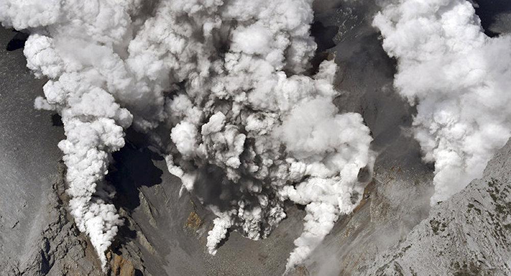 Japon : un homme tué lors d'une éruption volcanique