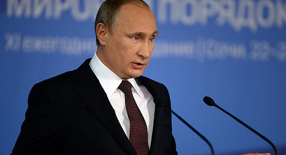 L'unipolarité a ouvert la voie aux manifestations de la vanité nationale (Poutine)