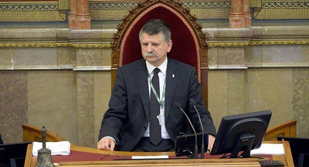 La Hongrie menace de quitter l'UE