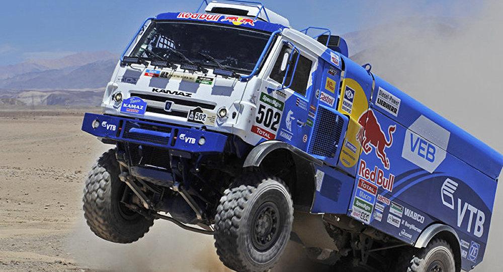 Dakar 2015 - camions: le Russe Nikolaev remporte la 8e étape